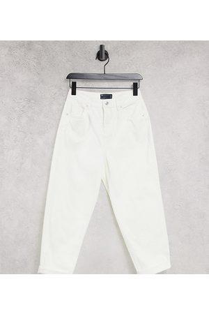 ASOS ASOS DESIGN Petite 'original' mom jean in off white