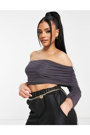 Club L Mujer Tops strapless - Long sleeve off shoulder crop top in grey