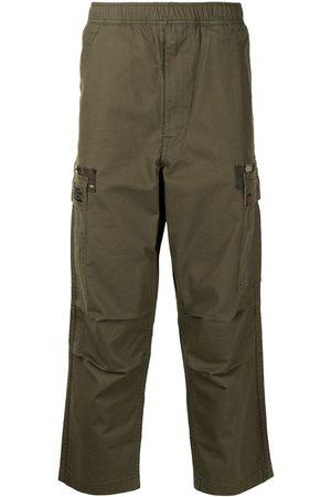 AAPE BY A BATHING APE Pantalones cargo con motivo militar