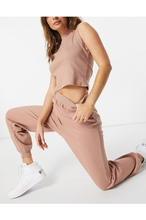 Threadbare Slone top and jogger set in tan