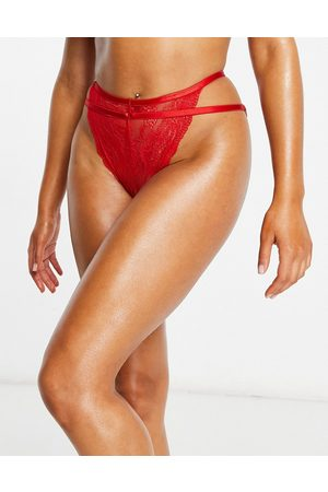 We Are We Wear Mujer Conjuntos de lencería - Eco lace ring detail high leg caged brazilian in red