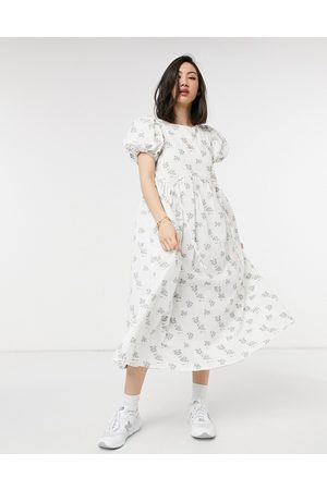 Lost Ink Midi dress with drawstring details in textured vintage floral