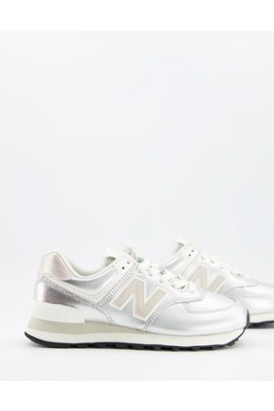 New Balance 574 trainers in silver