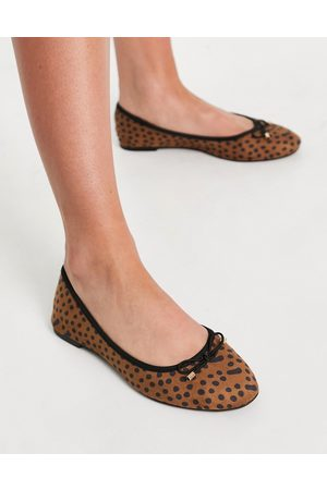 Accessorize Round toe bow ballet flats in leopard