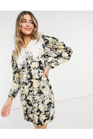 Object Floral dress with collar