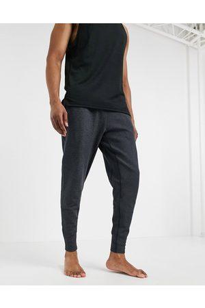 Nike Hombre Joggers - Nike Yoga Dri
