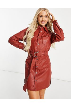 Unique 21 Mujer Camiseros - Belted shirt dress in red