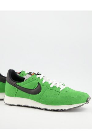 Nike Challenger OG Regrind trainers in mean green