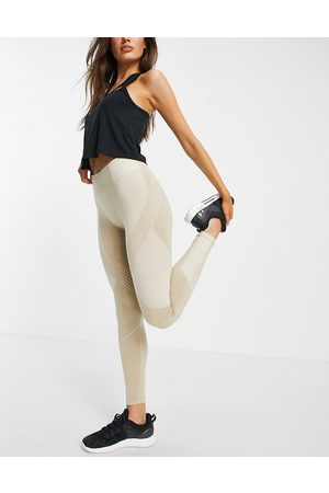 HIIT Two tone seamless leggings in taupe
