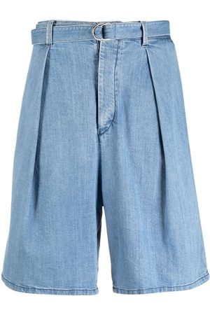 Armani Pantalones vaqueros cortos con pliegues invertidos