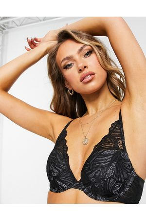 Calvin Klein Lightly lined plunge bra in black