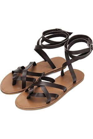 Yoins Pin Buckle Tie-up Ankle Strap Cross Over Flat Gladiator Sandals