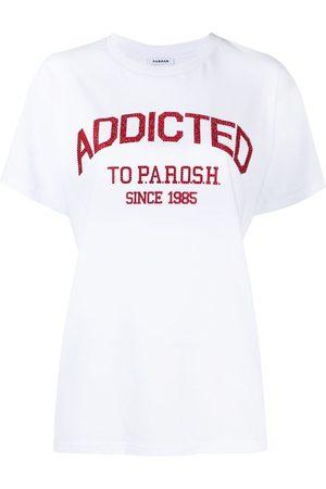 P.A.R.O.S.H. Playera con logo y detalles