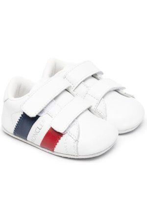 Moncler Enfant Zapatos primeros pasos con logo