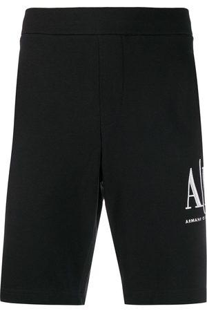 Armani Shorts deportivos con logo bordado