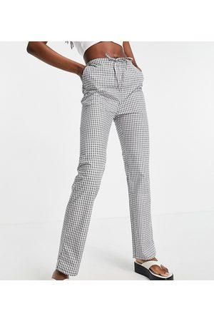 ASOS ASOS DESIGN Tall straight leg pull on poplin trouser in mono check