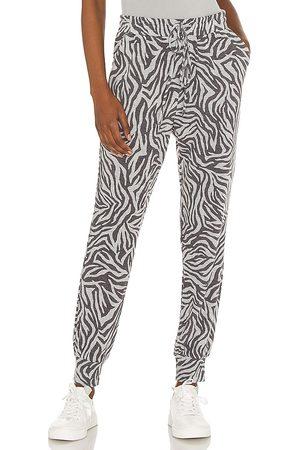 1. STATE Chic zebra jogger en color gris talla L en - Grey. Talla L (también en XXS, XS, S, M, XL).