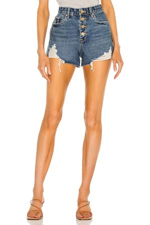 BLANK NYC Denim exposed button cutoff short en color azul talla 24 en - Blue. Talla 24 (también en 26, 25, 27, 28, 29, 30, 31