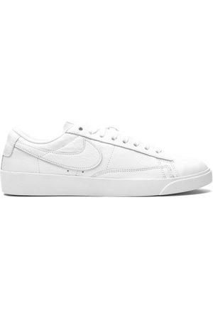 Nike Tenis Blazer Low LE
