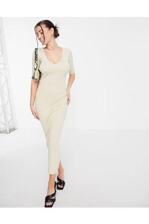 Pretty Lavish Lara short sleeve knit midi dress in