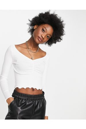 Monki Mujer Tops - Paula organic cotton rouched long sleeve top in white