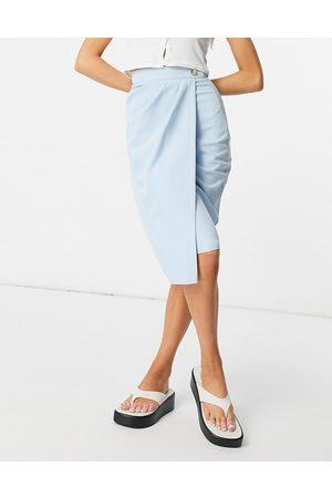 Vesper Mujer Midi - Wrap skirt in baby blue