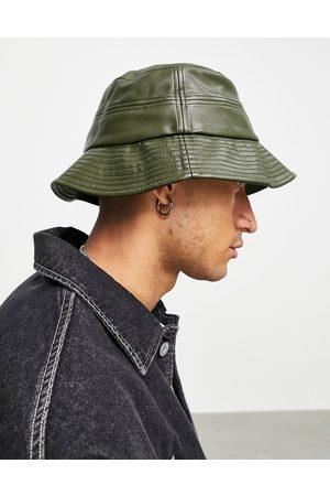 ASOS Hombre Sombreros - Bucket hat in khaki faux leather