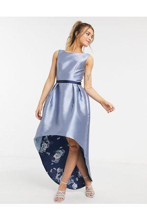 Chi Chi London Mujer Midi - Satin hi low hem dress in blue