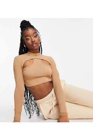 Missyempire Mujer Crop tops - Exclusive ribbed high neck cut out crop top in camel