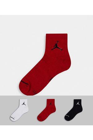 Jordan Nike Jumpman logo 3 pack quarter socks
