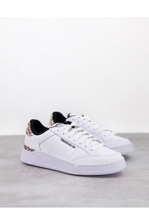 Reebok Mujer Tenis - AD Court trainers in white with leopard print heel tab
