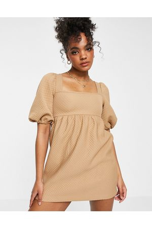 Miss Selfridge Mujer Casuales - Quilted smock dress in beige