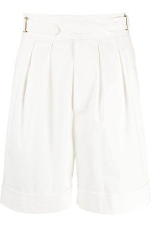 LORENA ANTONIAZZI Shorts con hebillas