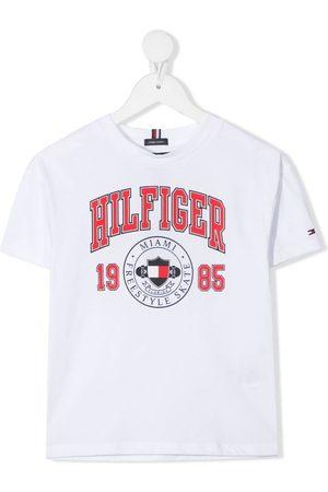 Tommy Hilfiger Junior Niño Playeras - Playera con logo estampado