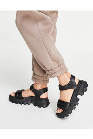 Schuh Vania sporty chunky sandals in black