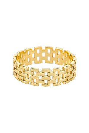 Shashi Anillo en color oro metálico talla 6 en - Metallic Gold. Talla 6 (también en 7).