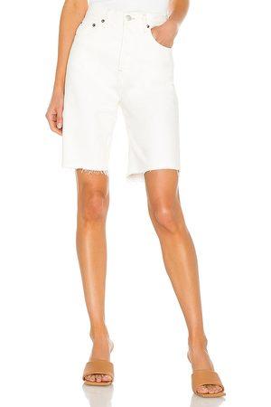 AGOLDE 90's pinch waist short en color blanco talla 23 en - White. Talla 23 (también en 24, 25, 26, 27, 28, 29, 30, 31, 32, 33).