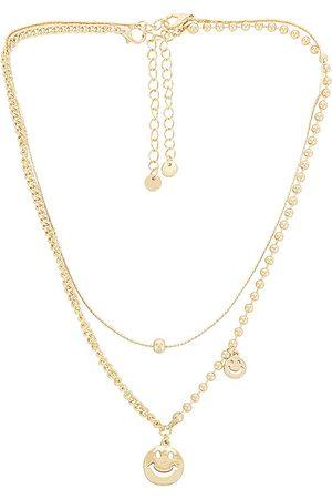 8 Other Reasons Collar superpuesto en color oro metálico talla all en - Metallic Gold. Talla all.