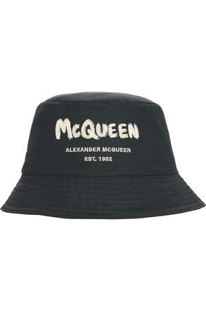 Alexander McQueen Hombre Gorros - Gorro Pescador De Nylon Con Logo Graffiti