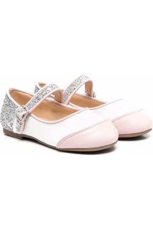 Age of Innocence Flats Carrie