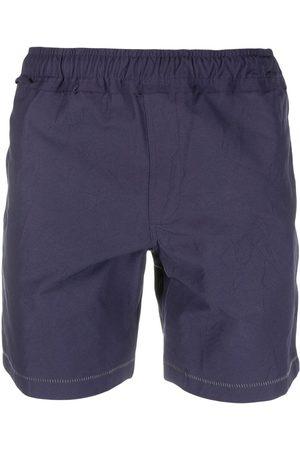 Ader Error Hombre Shorts - Shorts deportivos con costuras en contraste