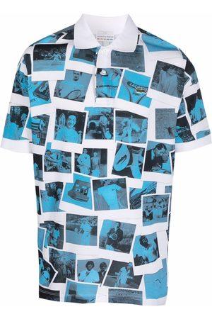 Lacoste Hombre Polos - Playera tipo polo con estampado de fotografía de x Polaroïd