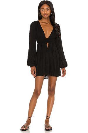 Indah Mujer Cortos - Minivestido solana en color talla L en - Black. Talla L (también en S, XS, M).