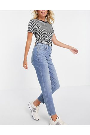 AMERICAN EAGLE Relaxed mom jeans in mid wash blue