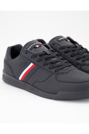 Tommy Hilfiger Lightweight leather trainer with side flag logo in black
