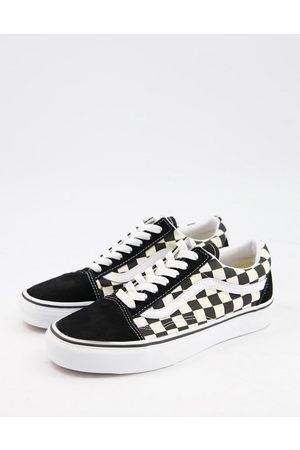 Vans Old Skool checkerboard trainers in white/black