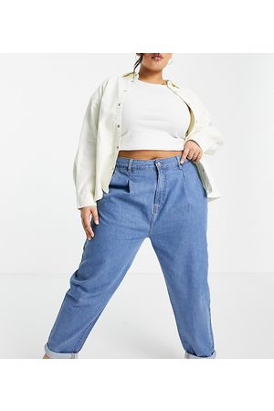Urban Bliss Loose fit jean in mid wash