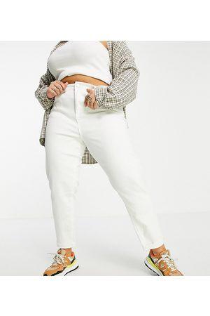 Simply Be Mom jeans in ecru