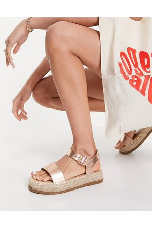 Truffle Collection Flatform espadrille sandals in gold