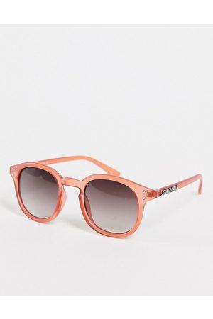 Santa Cruz Retro sunglasses in clear red